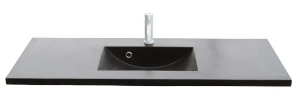 Lækker og simpel beton håndvask, med pæne afrundinger. Farven er i koksgrå - en fantastik flot og moderne betonfarve, der passer ind i ethvert badeværelse. Beton tåler ikke stærke rengøringsmidler, eller syreholdige produkter. Vi anbefaler derfor, at vasken rengøres i pH neutralt rengøringsmiddel. Vasken har målene: 123,2 x 54,5 x 3 cm. Materialet er normal beton som er blevet støbt i en form og bagefter vibreret for at få luftlommer ud af råmaterialet. Vasken skal stå på et skab. Køb et af vores tre slags åbne ophæng til slimlinevaske eller se vores guide til hvilket skab, der passer til og hvor du kan købe det. Vasken er hensynsmæssigt designet med fine rundinger, som både giver vasken et eksklusivt udtryk og gør den rengøringsvenlig. Vasken vedligeholdes med voks - vi anbefaler en behandling med vores egen naturvoks ID12002 et par gange om året for at opnå optimalt look.